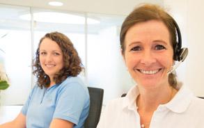 Mitarbeiterinnen der Zahnarztpraxis Zieglgänsberger in Dietzenbach, Kreis Offenbach/Hessen - hier klicken, um zur Seite Service zu gelangen